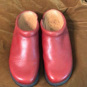 Ariat 9.5 red leather mule euc